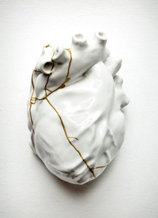 Repaired heart (Kintsugi study #4), 2015 by TJ Volonis. When writing becomes healing: How expressive writing can be used as a tool for scrying into the hidden parts of our being.